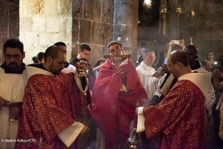 «Hemos de ser imagen viviente de Cristo en la Cruz», dijo el Custodio en la fiesta de la Invención